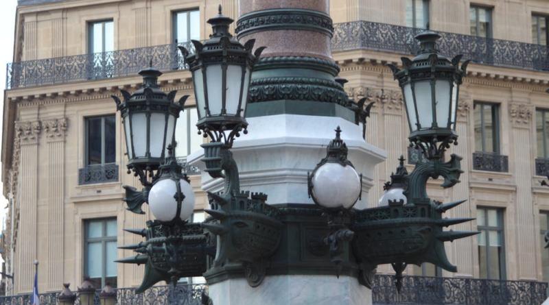 Lampadaires de l'Opéra - colonne impériale