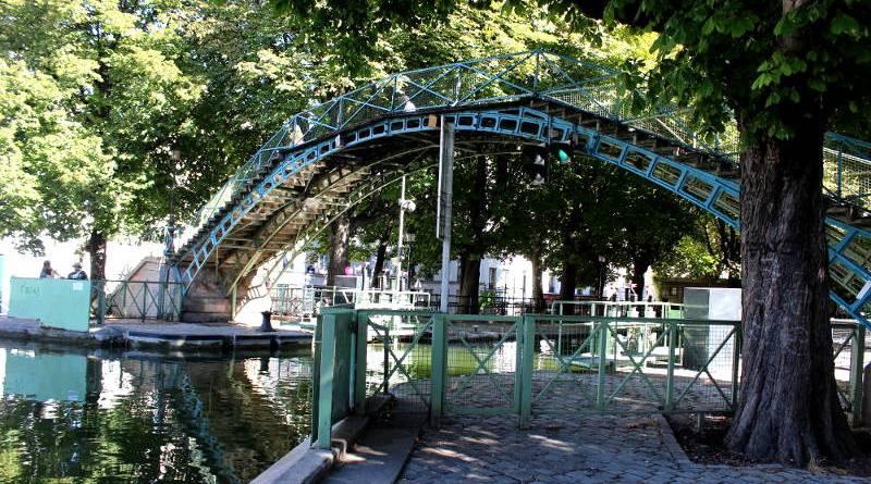 La passerelle Bichat, un pont du canal Saint Martin