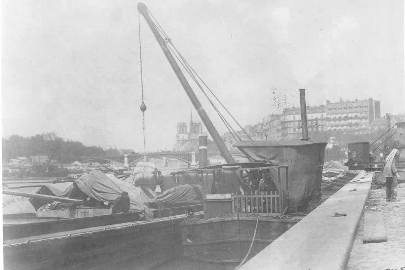Quai Henri IV et le port Sully par Eugène Atget