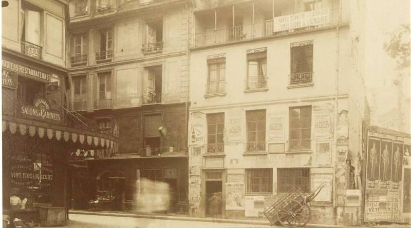 Coin de la rue Vauvilliers et Berger 15 et 13 par Eugène Atget