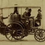Albert de Dion, Georges Bouton et CA Trépardoux dans une automobile à vapeur en 1885