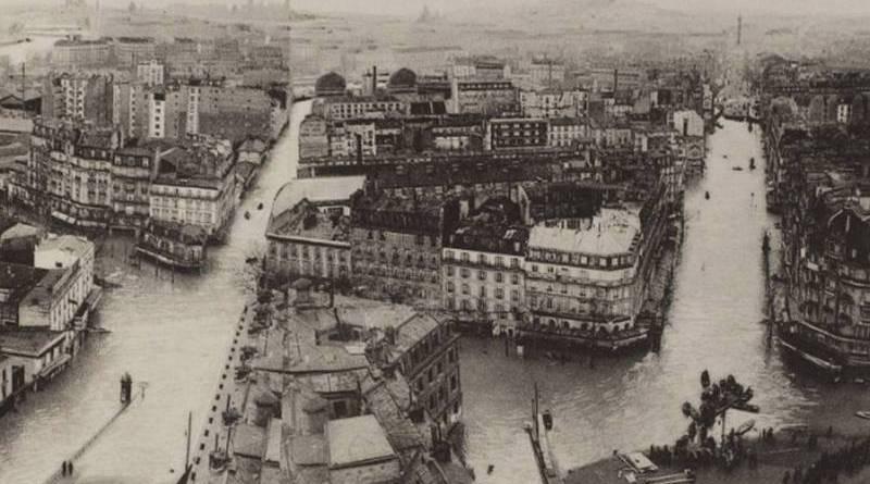 vue prise de la tour de l'horloge de la gare de Lyon en janvier 1910 par Eugène Le Delay