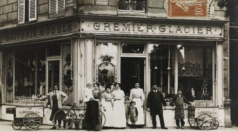 Laiterie, crèmerie, glacier. Laiterie modèle, Maison A. Joyet, 12, place Péreire, et 114, avenue de Villiers
