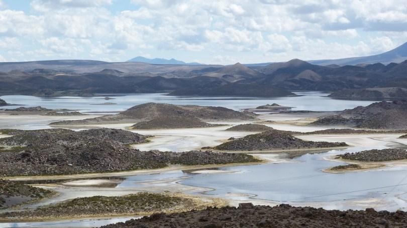 Laguna cotacotani lauca
