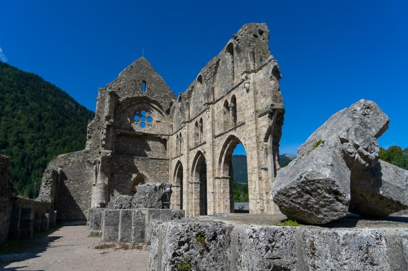 abbaye aulps ruines