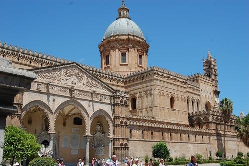 Catedral de Monreale – Uma Joia de Mosaicos Bizantinos