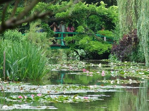 Versões da obra de Claude Monet – A Ponte Japonesa