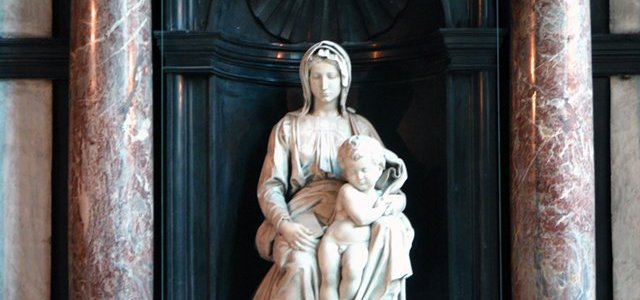 Madona e o Menino, Michelangelo