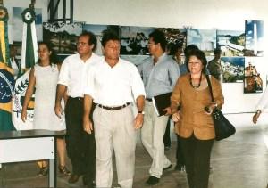 Senadores Renan Calheiros, Teo Vilela e deputada federal Ceci Cunha chegando ao evento