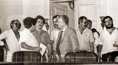 Rubens Colaço, Selma Bandeira, Majella, jornalistas cubanos, Nilson Miranda e Denis Agra no plenário da Assembleia Legislativa de Alagoas em 1985