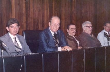 Com Divaldo Suruagy e Guilherme Palmeira em palestra na CNI-Rio no dia 22 de novembro de 1977