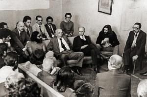 Presos políticos recebem a vista de líderes políticos no Frei Caneca