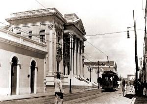 Associação Comercial na década de 50. Foi inaugurada em 1928