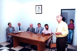 Valmir Calheiros discursa durante a solenidade de descerramento de placa na Casa da Comunicação. Foto Dárcio Monteiro