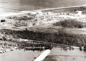 A construção da fábrica de cloro-soda, o campo de salmoura e o terminal marítimo, em Maceió, teve início em 1974