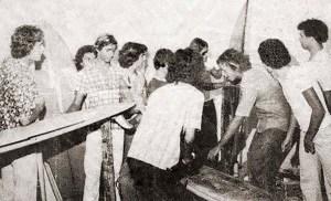 Mauí, primeira oficina de pranchas em Maceió. Foto de 1977