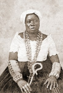 """Thereza uma das primeiras """"Filhas de Santo"""" do antigo candomblé do Gantois, na Bahia"""