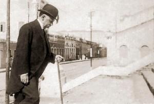 Washington Luís visita as obras do prédio da Associação Comercial no início da tarde do dia 11 de agosto de 1926