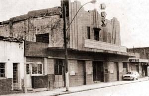 Cine Lux alguns dias depois de fechado