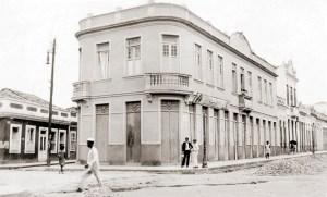 Esquina da Av. Moreira Lima com Rua Cincinato Pinto e Beco São José, nos anos 20