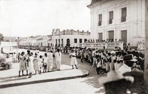 Praça João Pessoa e Rua Durval de Góes Monteiro em Murici. Em 1956