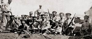 Mineiros na Revolução de 1930. Revista da Semana