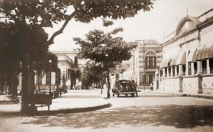Praça Deodoro e a Academia de Letras em 1960