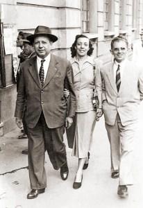 Com o pai Joaquim Leão, em São Paulo anos 40