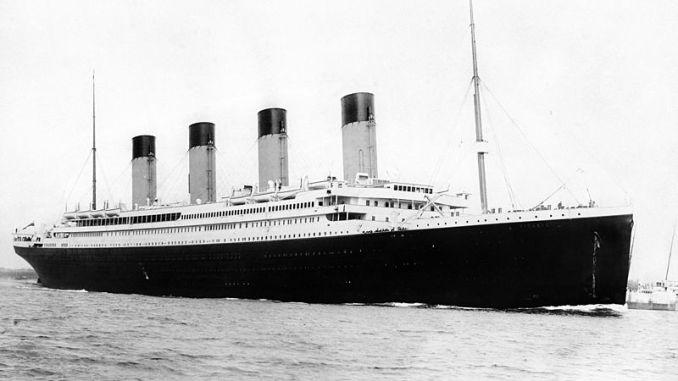 El RMS Titanic partiendo del puerto de Southampton el 10 de abril de 1912