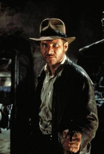 Harrison Ford caracterizado como Indiana Jones