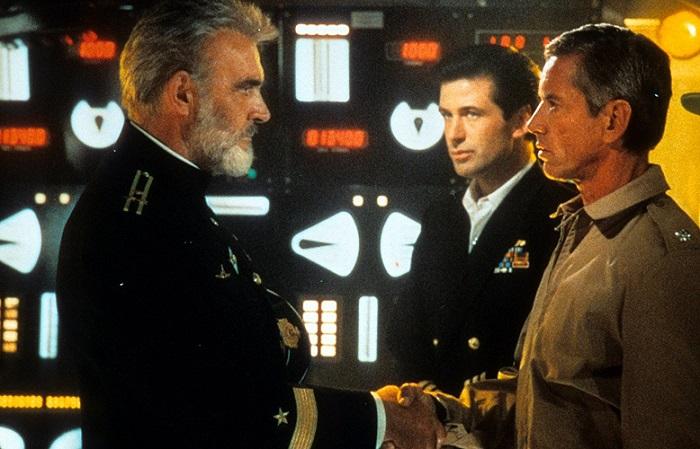 """Sean Connery, Alec Baldwin y Scott Glenn en una de las escenas de """"La caza del Octubre Rojo"""""""