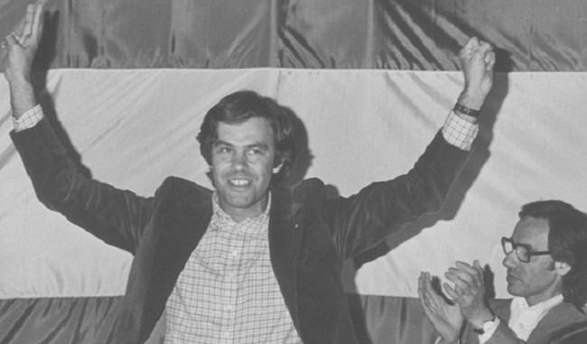 Felipe González tras ser elegido secretario general del PSOE en el Congreso de Suresnes de 1974