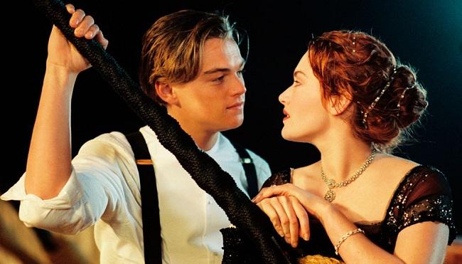 Jack y Rose, protagonistas de Titanic, película con una remodelación del arquetipo de la cenicienta