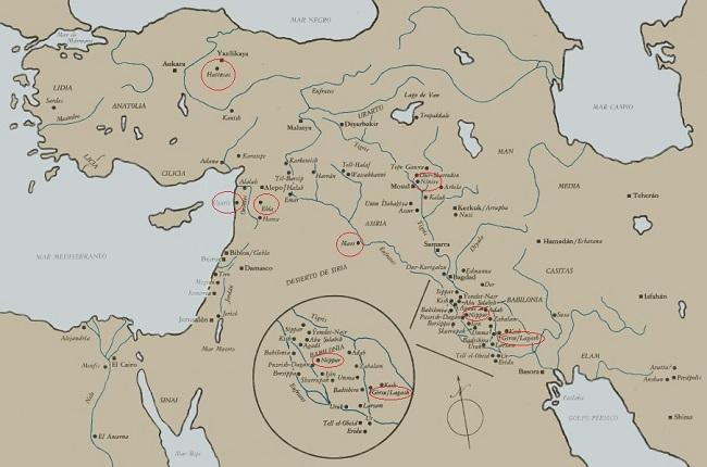 Mapa del Oriente próximo en el que están señaladas las grandes bibliotecas y archivos de la Antigüedad