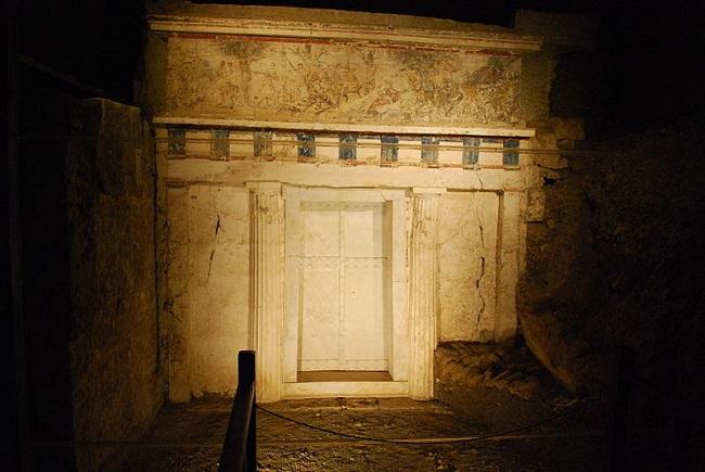 Tumba de Filipo II de Macedonia en la necrópolis de Vergina