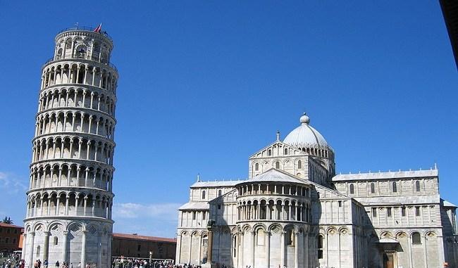 La catedral y la torre inclinada de Pisa