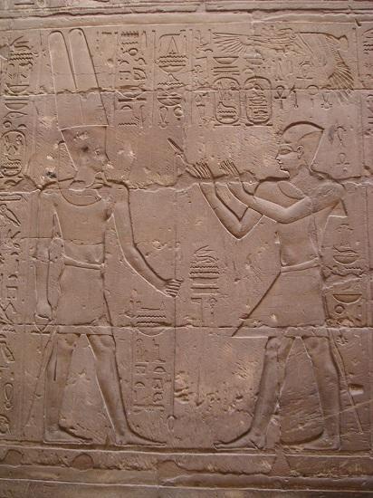 Relieve de Alejandro Magno en Egipto, concretamente en el templo de Luxor.