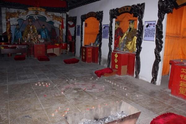 templo-taoista-interior