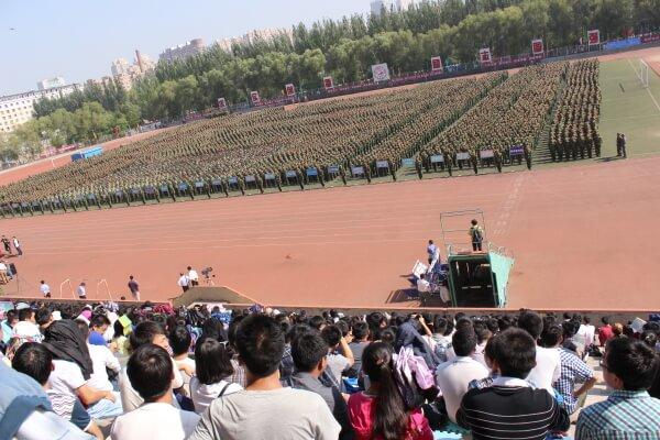 universidad-soldados-china1
