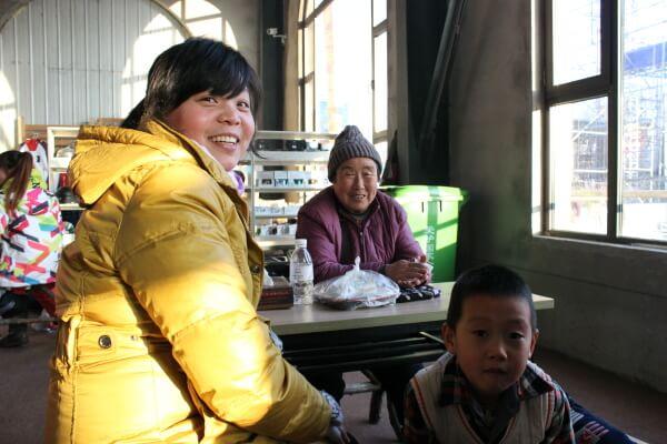 familia-esquí-china-1