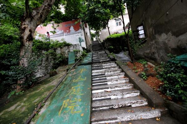 escaleras-wuhan-1