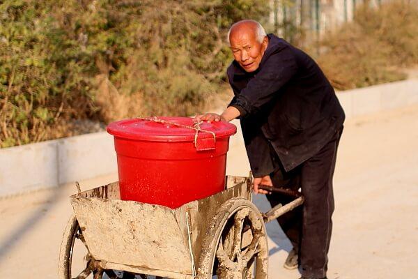 obrero-anciano-2