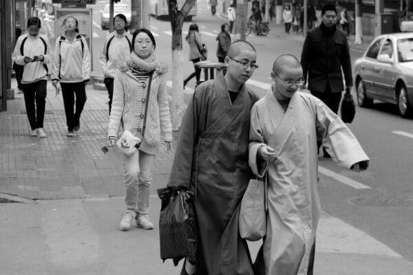 niños-monjes-1