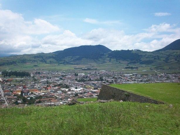 Vista del poblado de Tenango del Valle desde la Zona Arqueológica de Teotenango