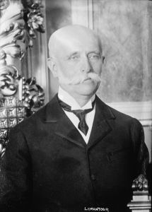 José Yves Limantour, consejero de Díaz, le animó a renunciar a la presidencia.