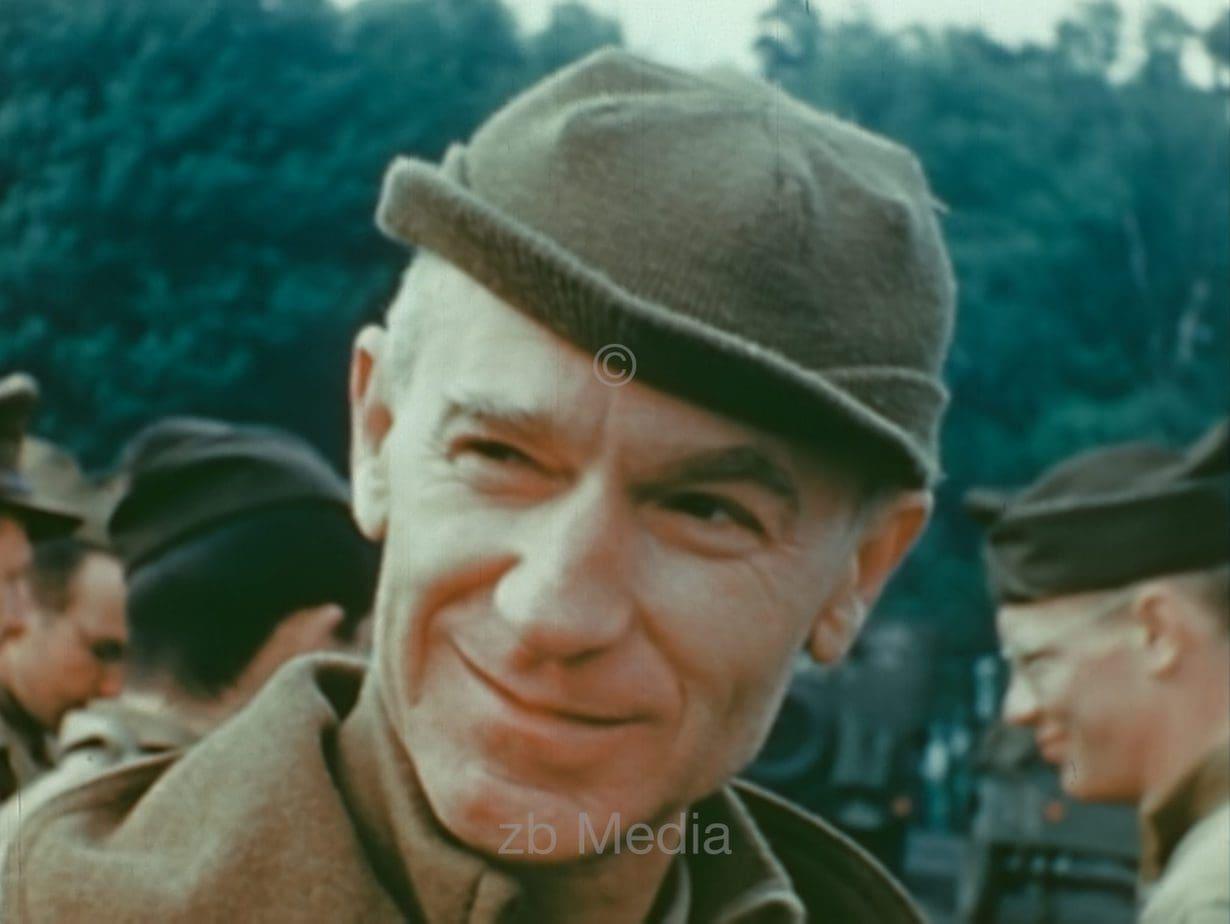 Ernie Pyle, US-Kriegskorrespondent, Südengland 1944