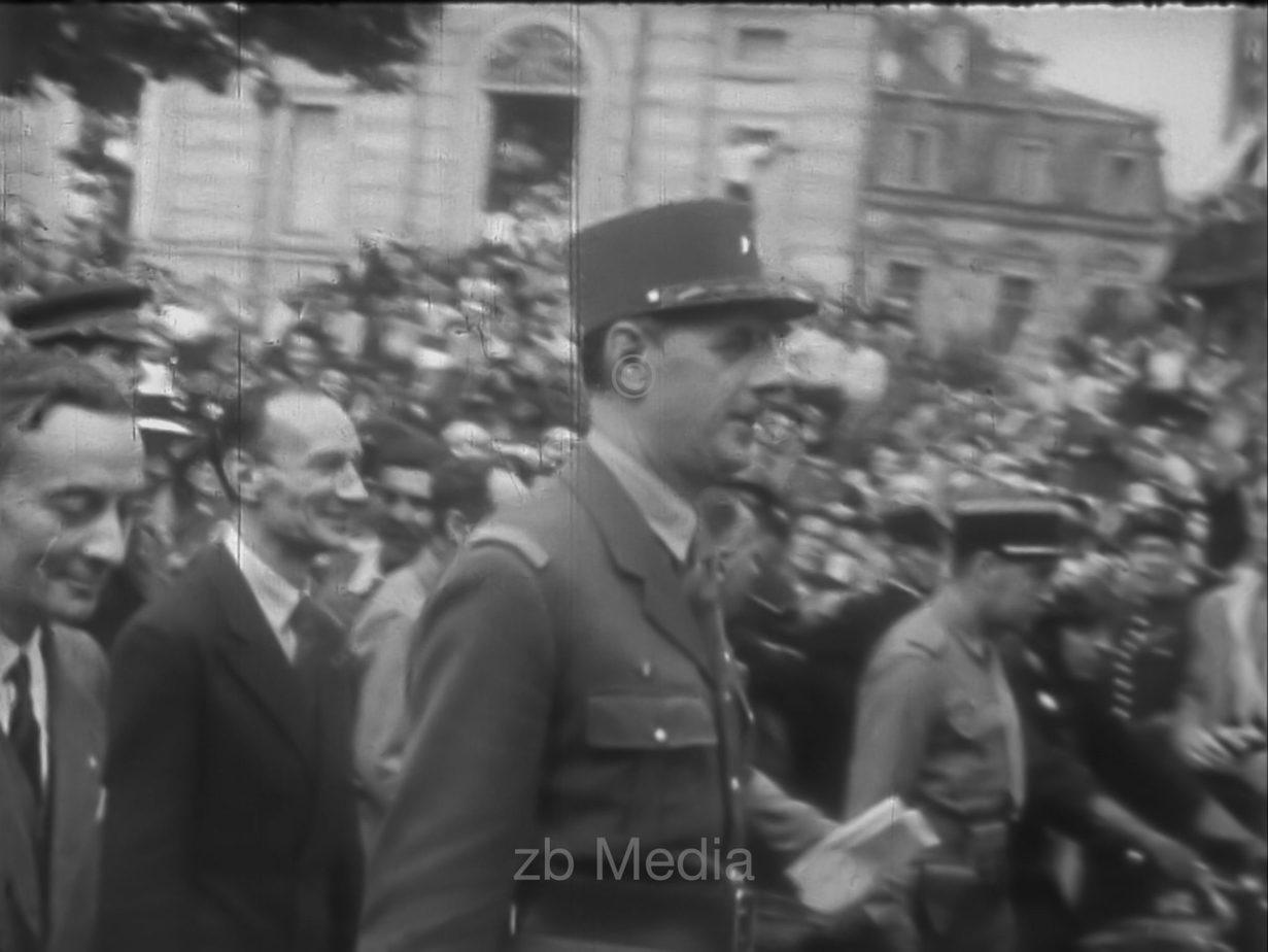General De Gaulle in Paris, 19.8.1944
