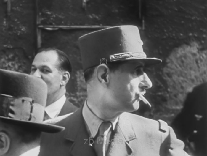 General De Gaulle in Paris, 19.8.1944