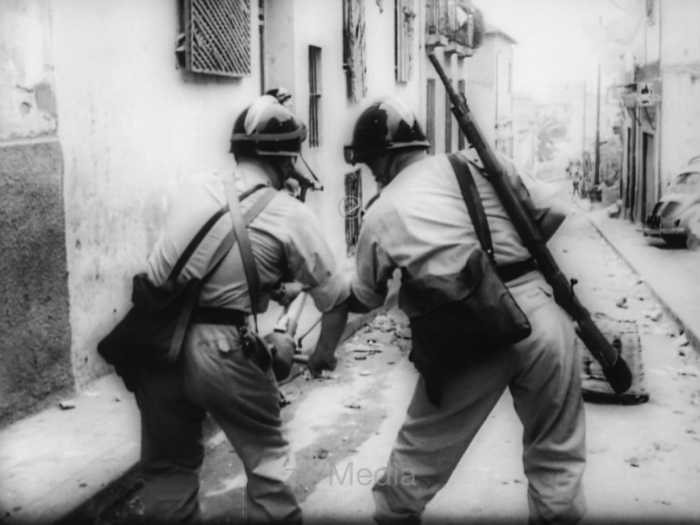 Straßenkampf in Algier