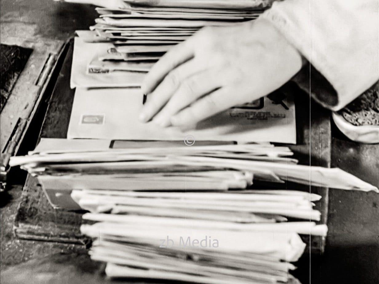 Postsortierung in Berlin 1930